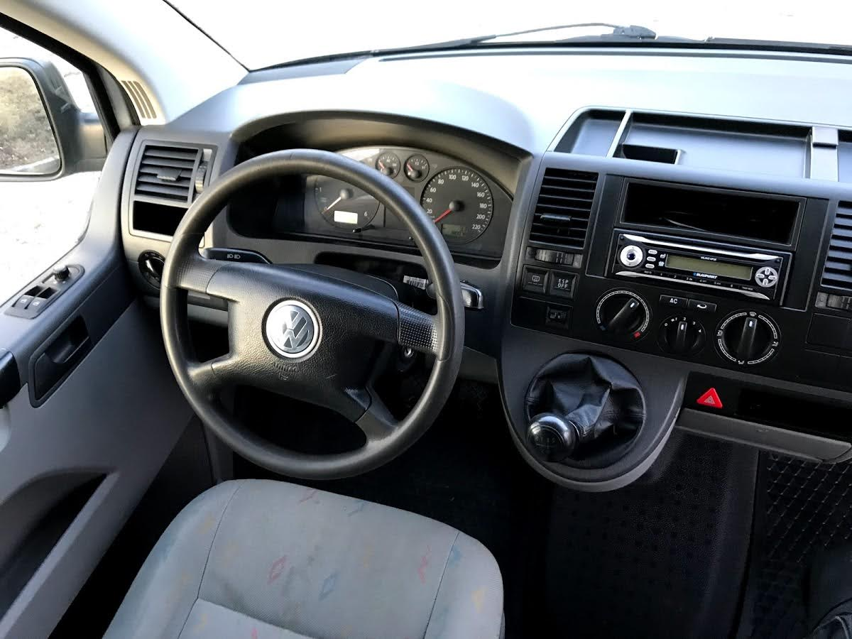 VW Transporter T5 Minivan